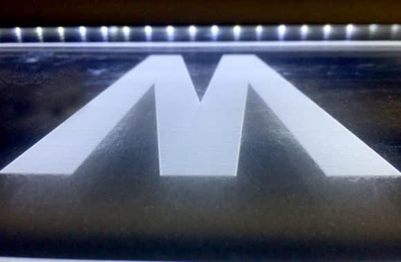 Letra Metacrilato LED