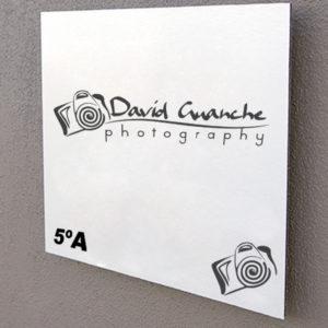 Placa Corporativa