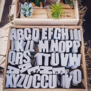 letras cemento